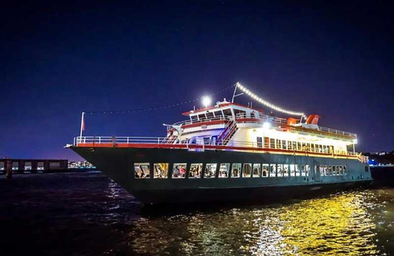 46% OFF NYC Cruises!