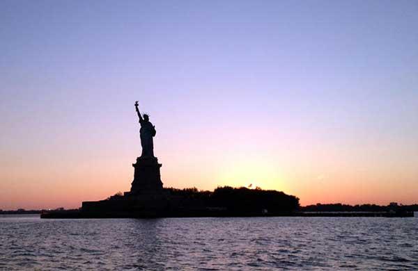 NYC Night Cruise $38.99