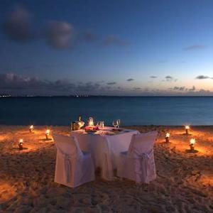 Romantic Dinnner for 2 on the Beach